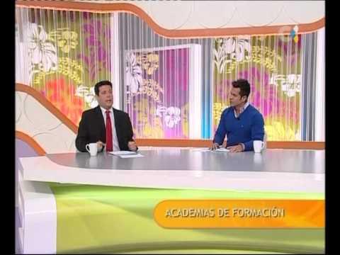 MANUEL ARTILES Y CARLOS ALVAREZ EN LA TV CANARIA - YouTube