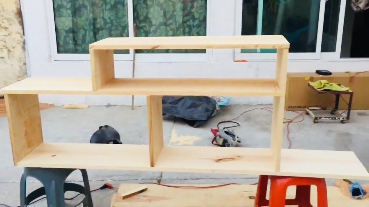 C mo hacer mueble para pantalla tv youtube for Modelos de muebles para tv