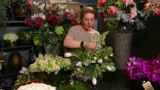 Creating a beautiful table arrangement by London Flower School - Galton Flowers