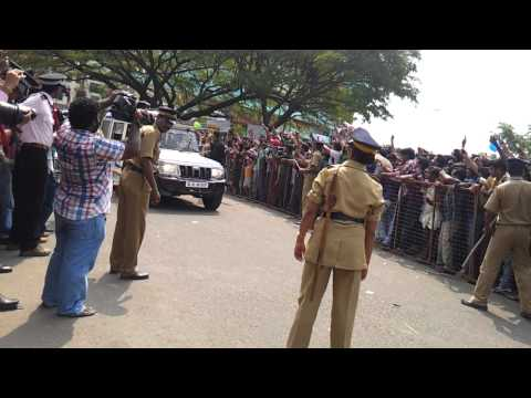 Shahrukh Khan at Cochin HD