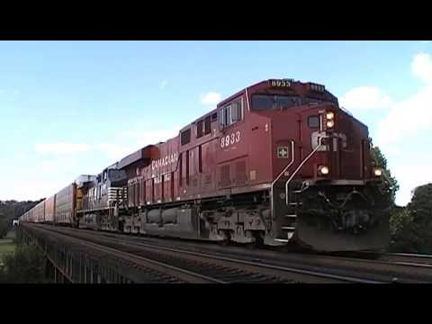 Norfolk Southern & CSX Trains At Kenova, West Virginia