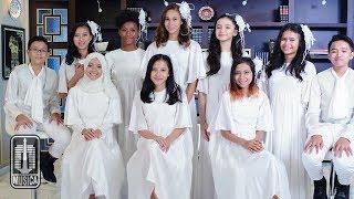 Duta Cinta & Titiek Puspa - Lagu Untuk Bunda (Official Music Video)