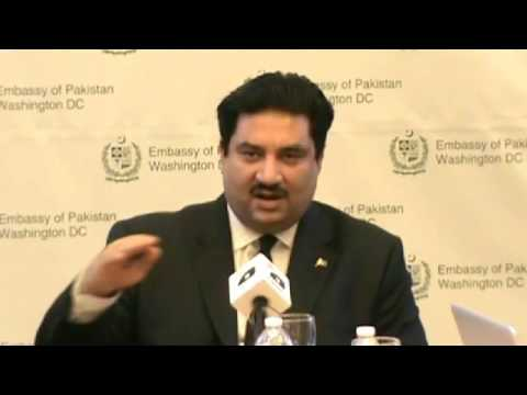 Federal Minister for Commerce Engr  Khurram Dastgir Khan Press Briefing to the Pakistani Journalists