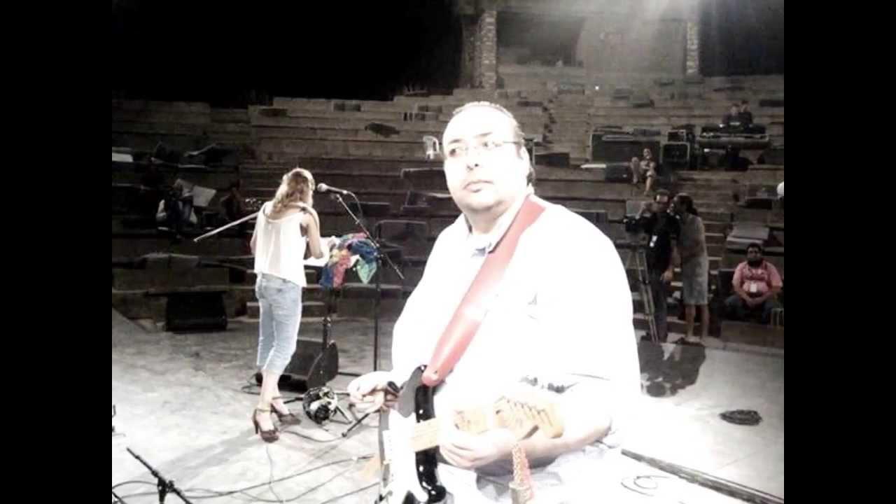 Khaled Nemlaghi feat Cheick Tidiane Seck & Cheikh Sidi Bemol - Africa (live)