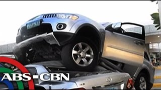 TV Patrol: Montero, sumampa sa sasakyan matapos humarurot