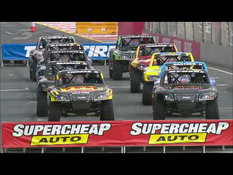 2015 SST Gold Coast Race 3 - Stadium SUPER Trucks