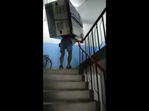 124KG雙門對開冰箱4樓樓梯搬運 How to move a refrigerator upstairs by one man (TAIWAN)[06/30/2013] - YouTube