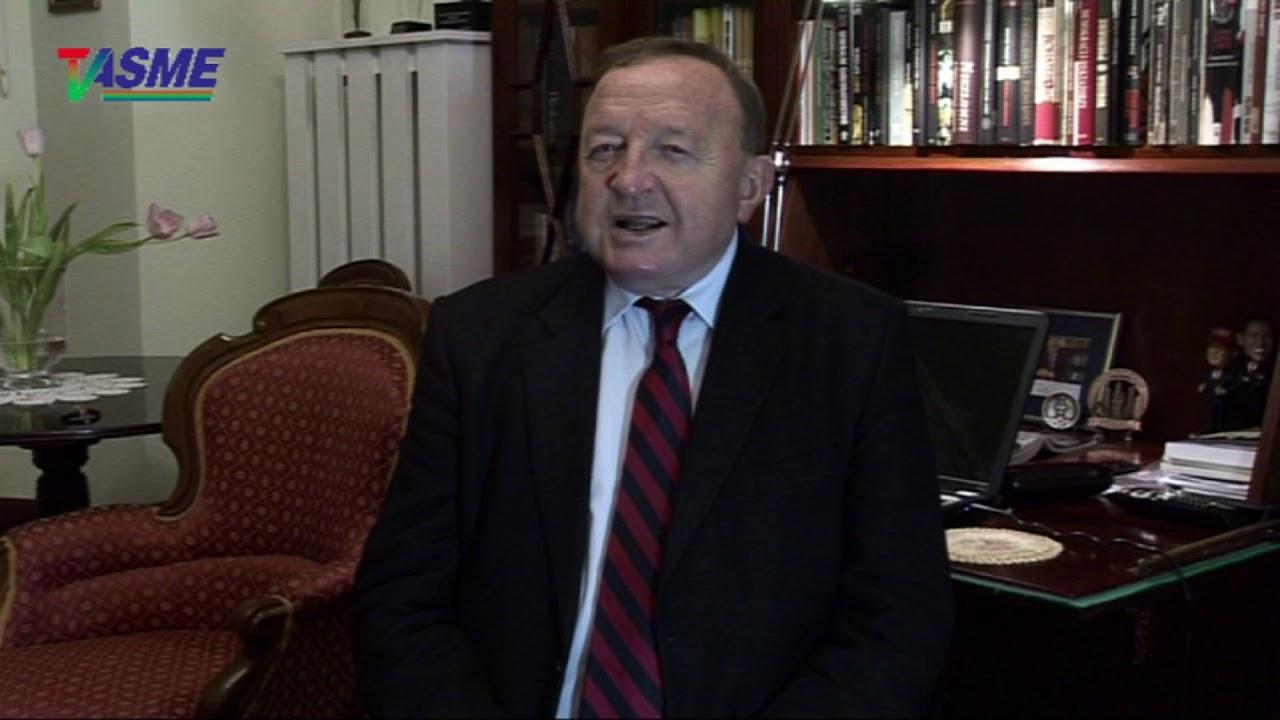 Pan Prezydent zerwał pępowinę łączącą go z Prezesem Panem! – Stanisław Michalkiewicz
