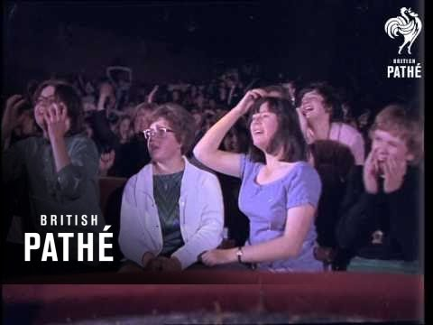 Audience At Rolling Stones (1964)