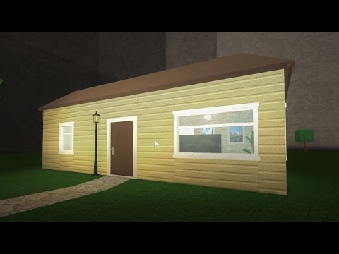 Upgrading 39 the starter house 39 roblox bloxburg 20k for Classic house tutorial