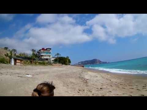 сімейний нудиський пляж