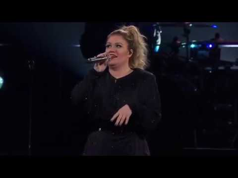 Kelly Clarkson - A Minute + a Glass of Wine (Live in Oakland)