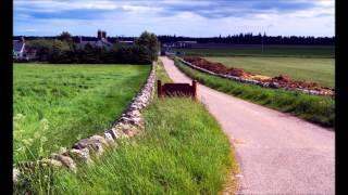 マクベスで有名なコーダー城やスコットランド人の聖地カロードン等。