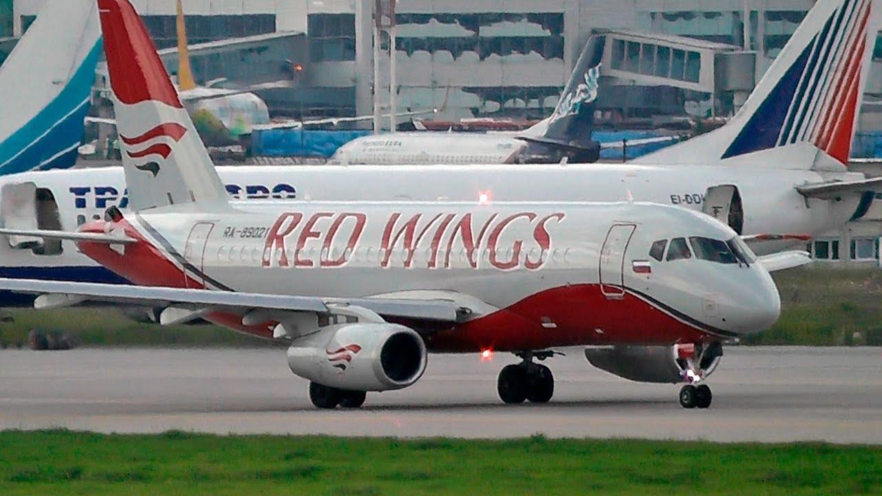 Сухой SuperJet авиакомпании Red Wings / Аэропорт Домодедово