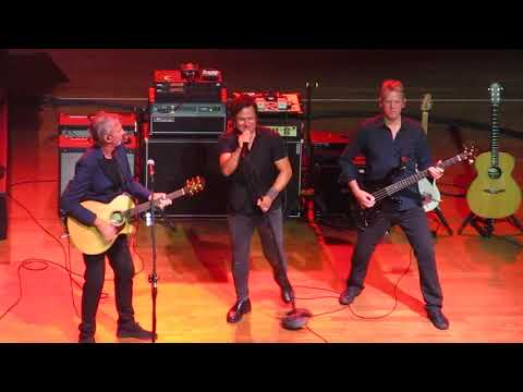 Mike + The Mechanics - Another Cup of Coffee @ ICE Kraków Congress Centre, 3.09.2017