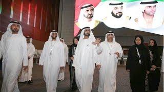 محمد بن راشد يزور مركز انتخابات المجلس الوطني الاتحادي في مركز دبي التجاري العالمي