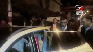 لحظة القبض على مندوب الرئاسة «المزيف» في عزاء «عمر عبد الرحمن»