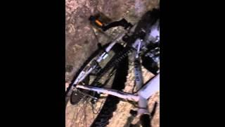 Le vélo moteur 80cc 😱😱roue voiler à cause de ma vitesse