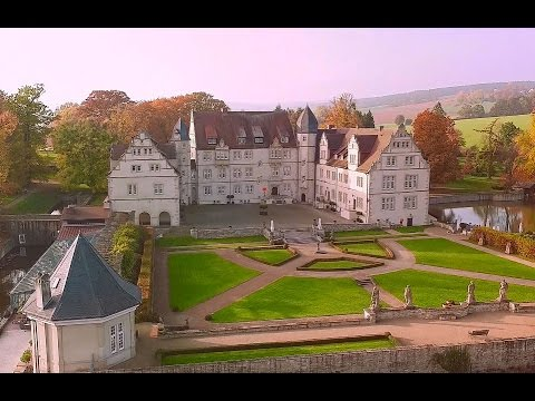 schlosshotel m nchhausen in aerzen dji inspire 1 pro youtube. Black Bedroom Furniture Sets. Home Design Ideas