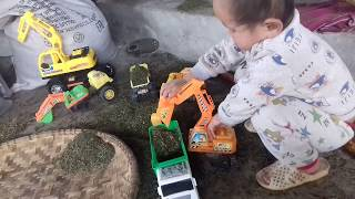 Friends on wheels compilation and take excavator .