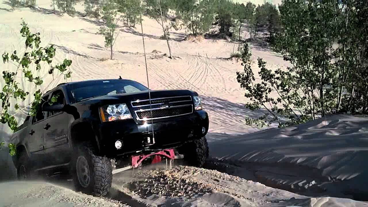 """Lifted Chevy Avalanche """"Sandin"""" in 2wd - YouTube"""