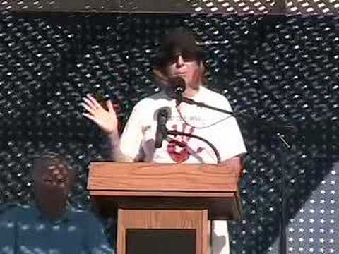 Cindy Sheehan at Fighting Bob Fest (9/8/07) Part 1 of 5