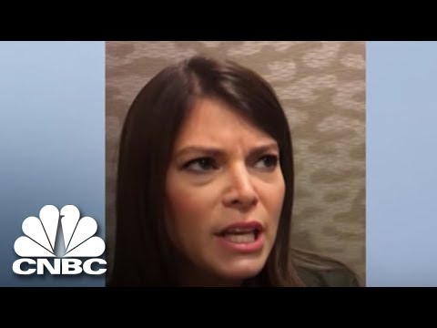 Gail Simmons Recalls Bombing Her 'Top Chef'   The Job   CNBC Prime