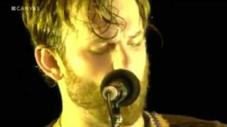 Kings Of Leon - Use Somebody (Live)