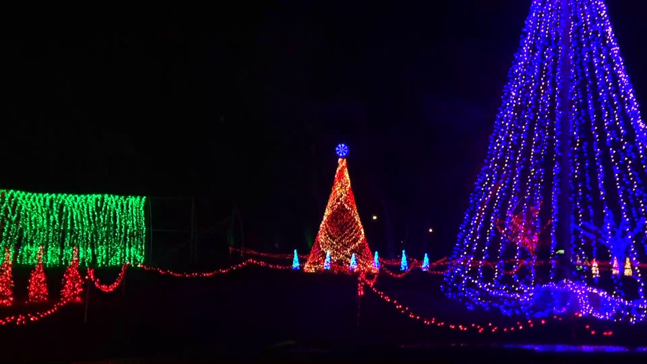 Christmas Lights With Music, Drive Through Musical Christmas Light Show