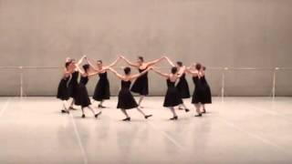 Хора character dance Bolshoi Ballet Academy Winter Performance 2014