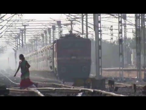 12949 PBR - SRC Kaviguru Express with SRC WAP-4 in lead
