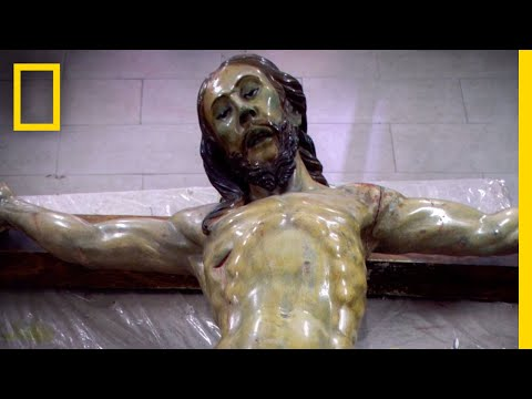 Secret Message Discovered in Statue of Jesus | National Geographic