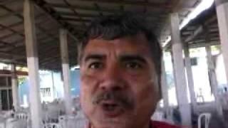 LEO Y SUS TECLADOS, ENTREVISTANDO AL FAMOSO FOSTER DE ZEMPOALA. (IMITANDO A SALINAS DE GORTARI)