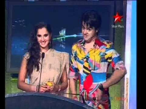 SANIA MIRZA RAGGING ON STAGE BY VJ ANSHUMAN (Must See)