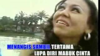 Diam Diam Jatuh Cinta - Ratih Purwasih _ By Wybrand & Dea.mp4