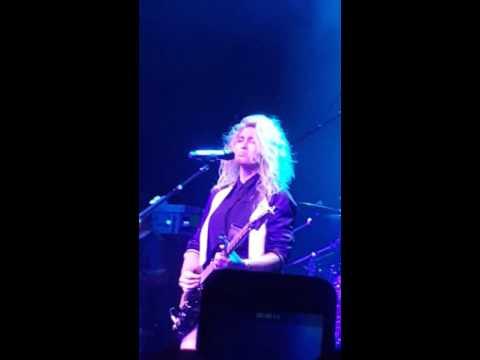 Tori Kelly - All in My Head LIVE