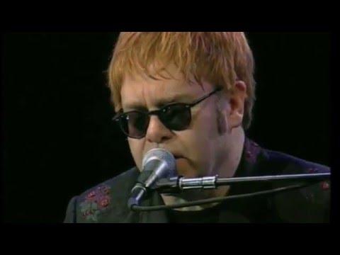 Elton John - Oh My Sweet Carolina - Sydney 2002 (Ryan Adams cover)