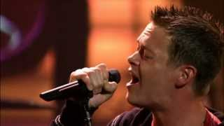 3 Doors Down & Sara Evans - Here Without You & Real Fine Pla...