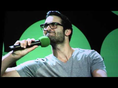 Tyler Hoechlin on living with Dylan O'Brien and Tyler Posey - YouTube