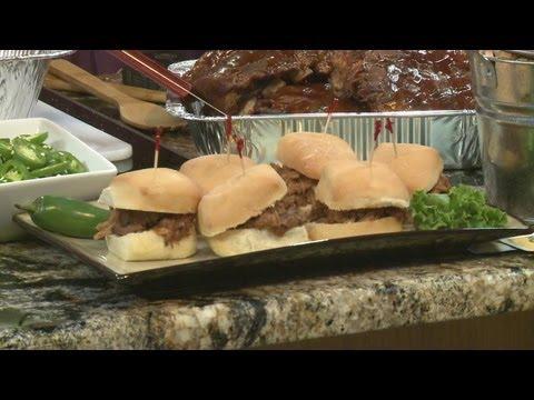 Texas Roadhouse serves up pulled pork