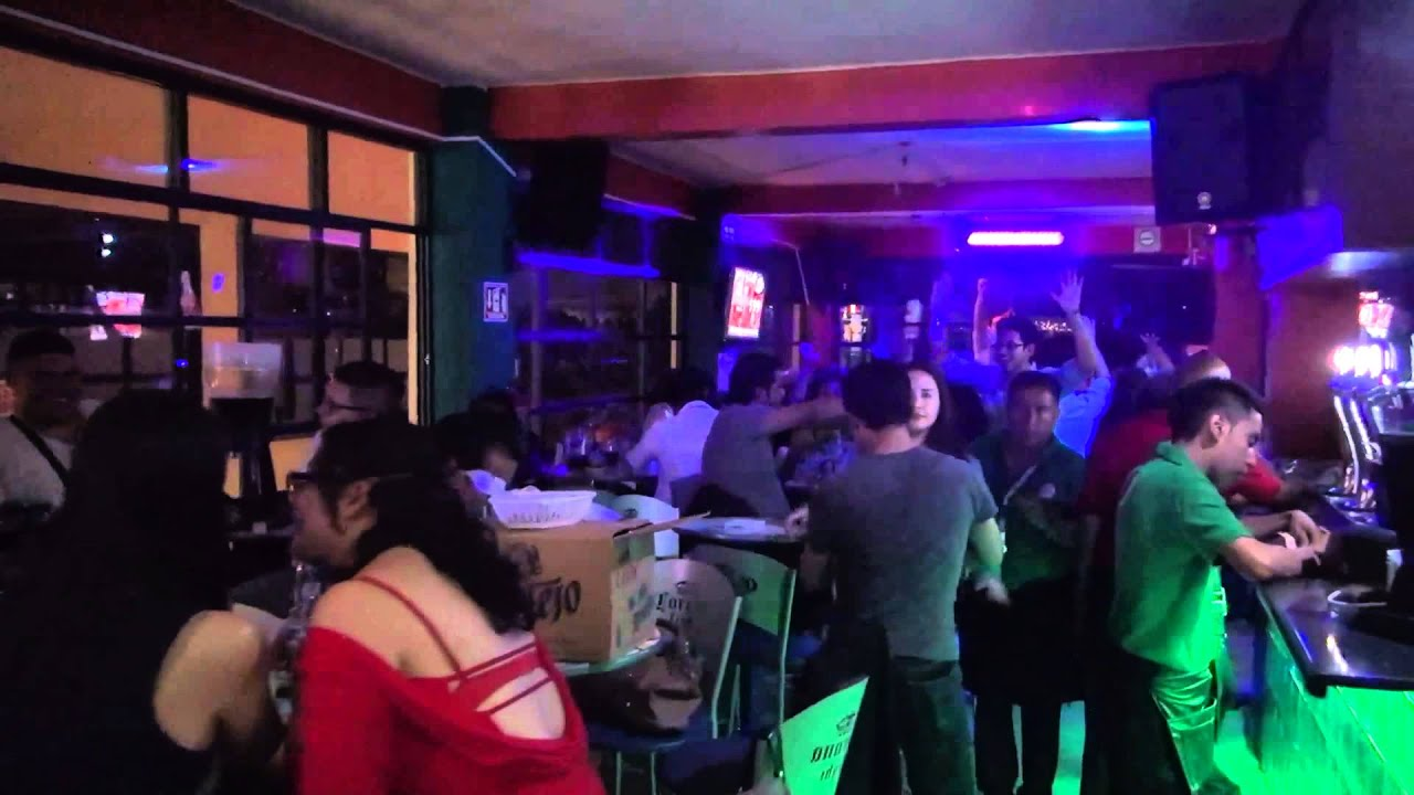 Terraza 5a bar bellas artes youtube for Nebulizadores para terrazas de bares