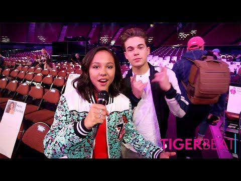 Kids' Choice Awards 2018 Seating Tour With Breanna Yde & Ricardo Hurtado