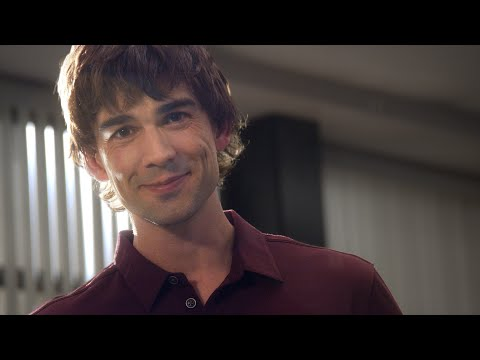 10 reasons to hang with Chris Gorham on the set of Covert Affairs!