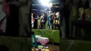 Download Video Bencong kaleng joget jaran goyang acara taun baru bikin ngakak MP3 3GP MP4