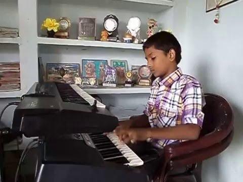 Ilayaraja o papa lali played on keyboard