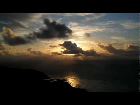 hiking-in-oahu,-hawaii---koko-head