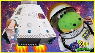 Box Fort Challenge SpaceShip rocket launcher and Astronaut Food Pretend Play Family Fun thumbnail