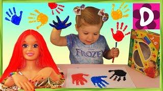 ✿ КРАСИМ Кукле ВОЛОСЫ Пальчиковые Краски Ладошки Дианы в Краске Doll Hair Paint Color Changing SES(Всем Салют! Сегодня Дианочка с мамой играют пальчиковыми красками. С этой творческой игрушкой можно придум..., 2016-01-20T07:02:02.000Z)