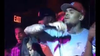 Chris Brown singing Acapella in the club 2014