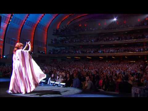Florence + The Machine - Dog Days Are Over (Live Radio City Music Hall) (HD)